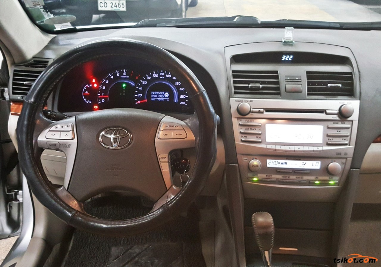 Toyota Camry 2011 - 8