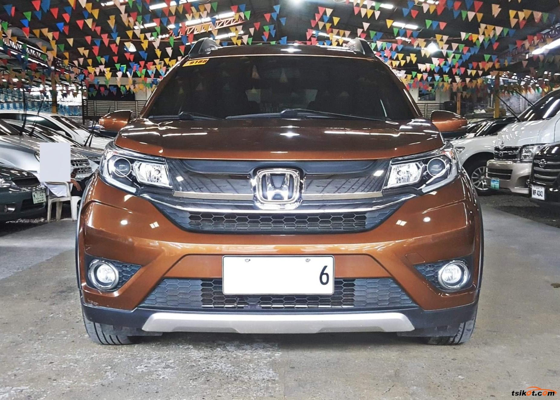 Honda Br-V 2017 - 6