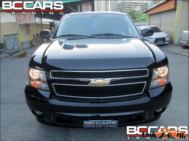 Chevrolet Suburban 2008 - 1