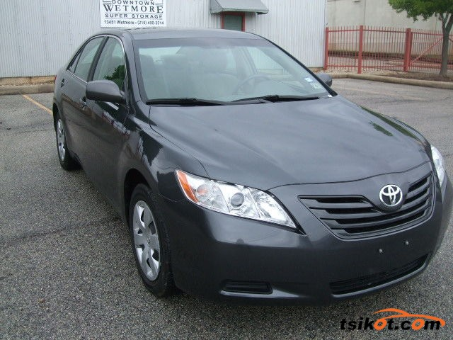 Toyota Camry 2009 - 3