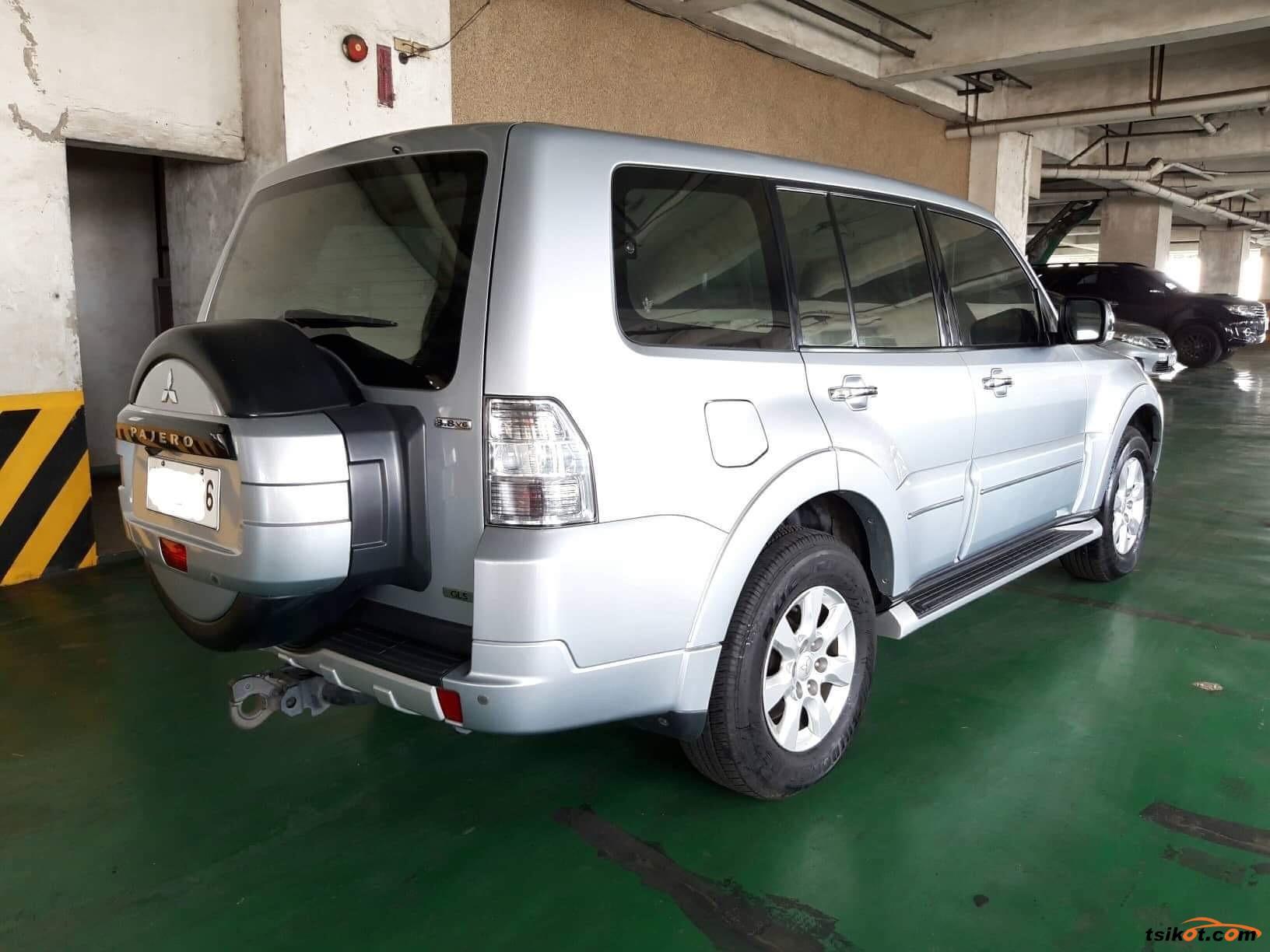 Mitsubishi Pajero 2014 - 4