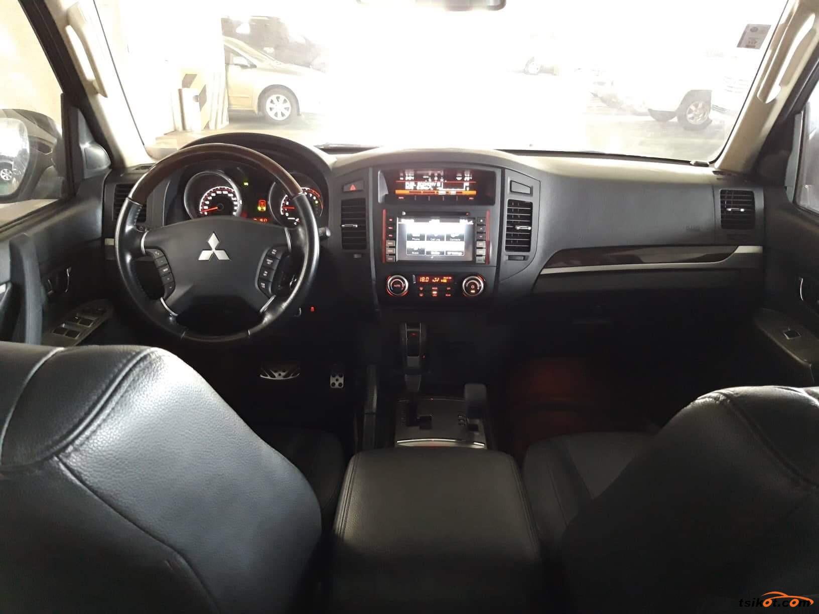 Mitsubishi Pajero 2014 - 7
