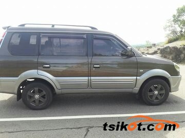 Mitsubishi Adventure 2004 - 4