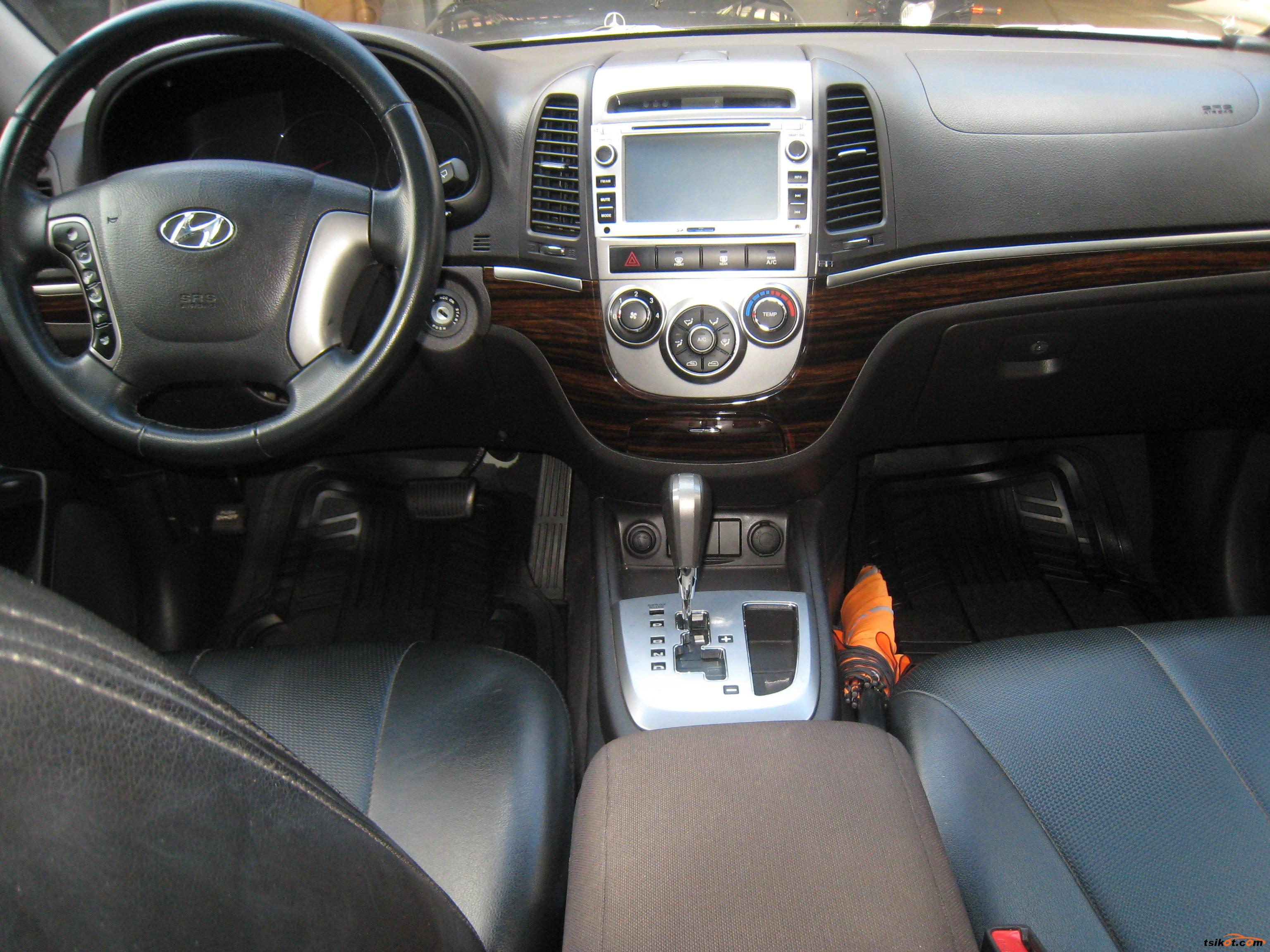 Hyundai Santa Fe 2010 - 4