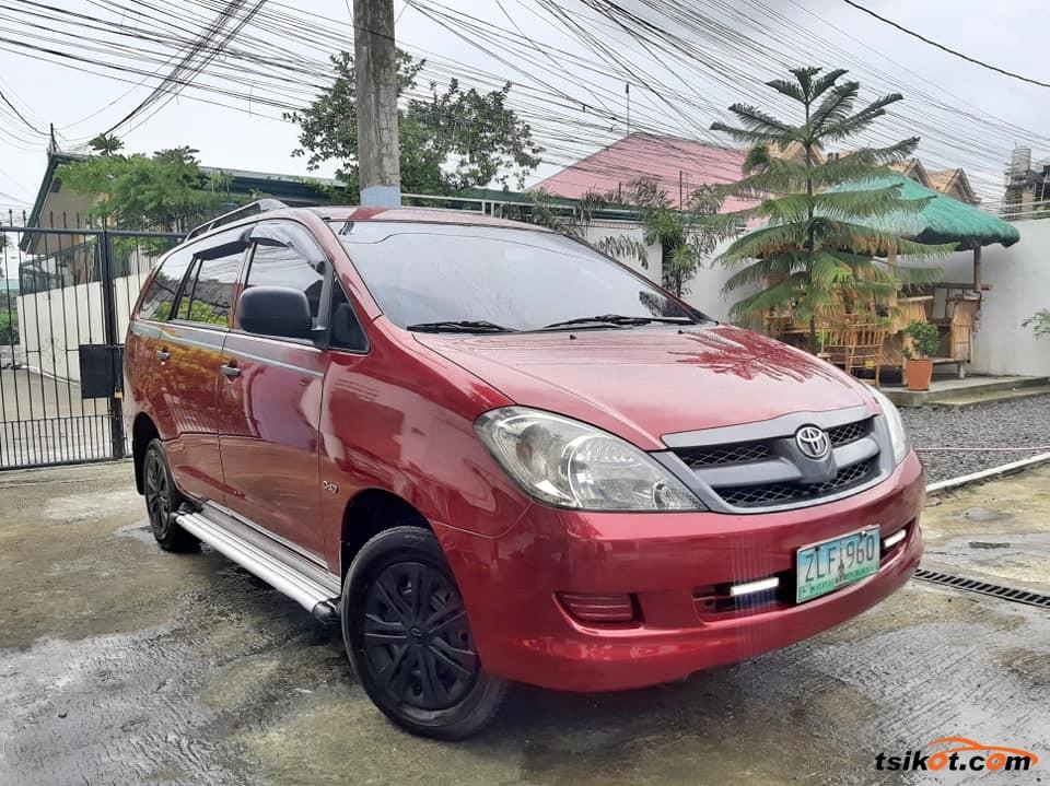 Toyota Innova 2007 - 2