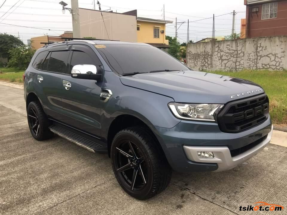 Ford Everest 2017 - 4