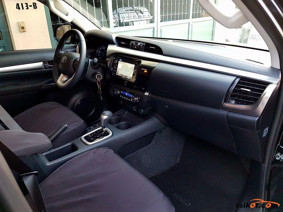 Toyota Hilux 2018 - 10