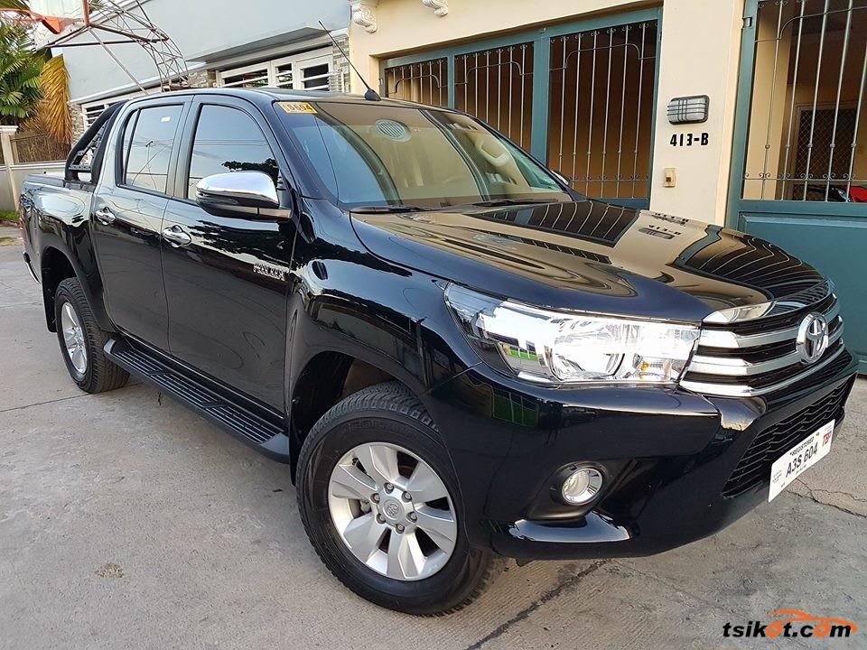 Toyota Hilux 2018 - 8