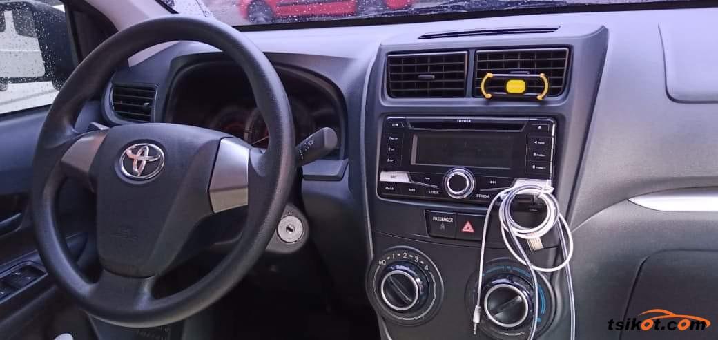 Toyota Avanza 2016 - 10