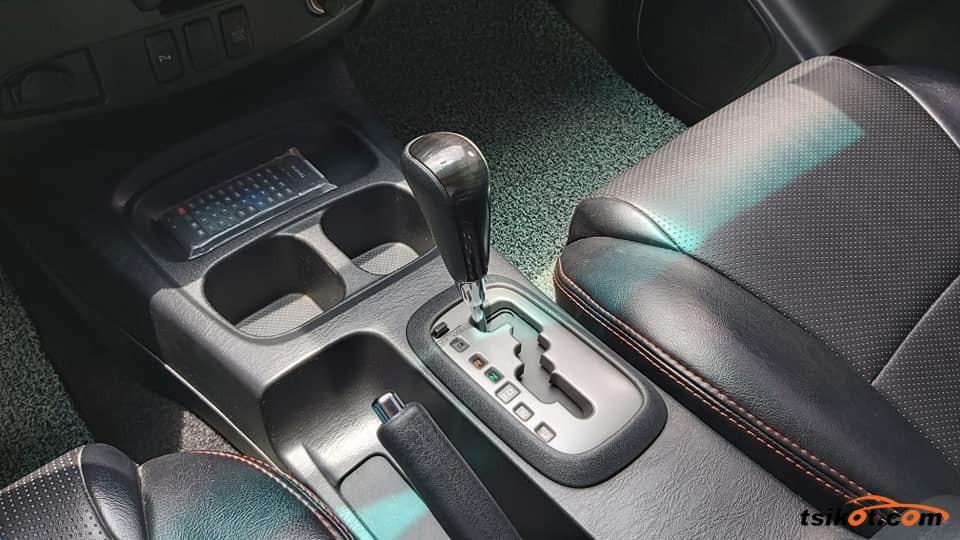 Toyota Fortuner 2016 - 8
