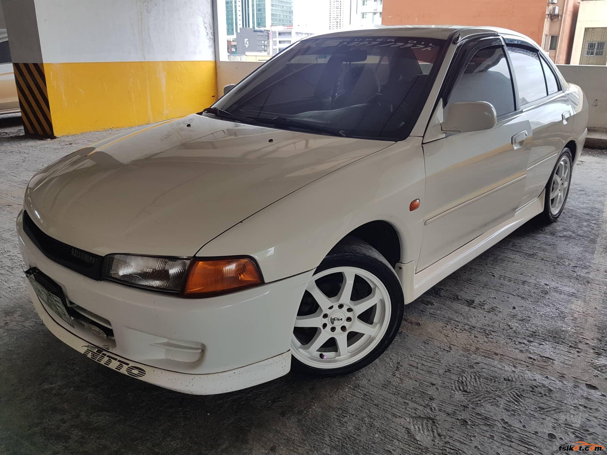 Mitsubishi Lancer 1998 - 1