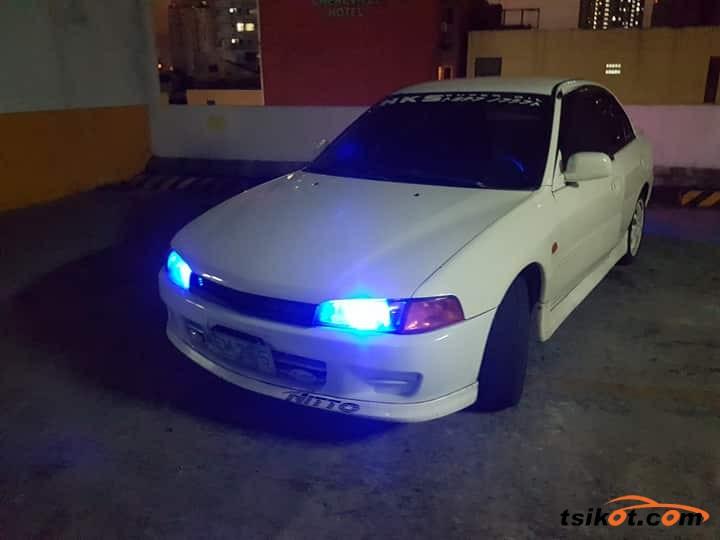 Mitsubishi Lancer 1998 - 6