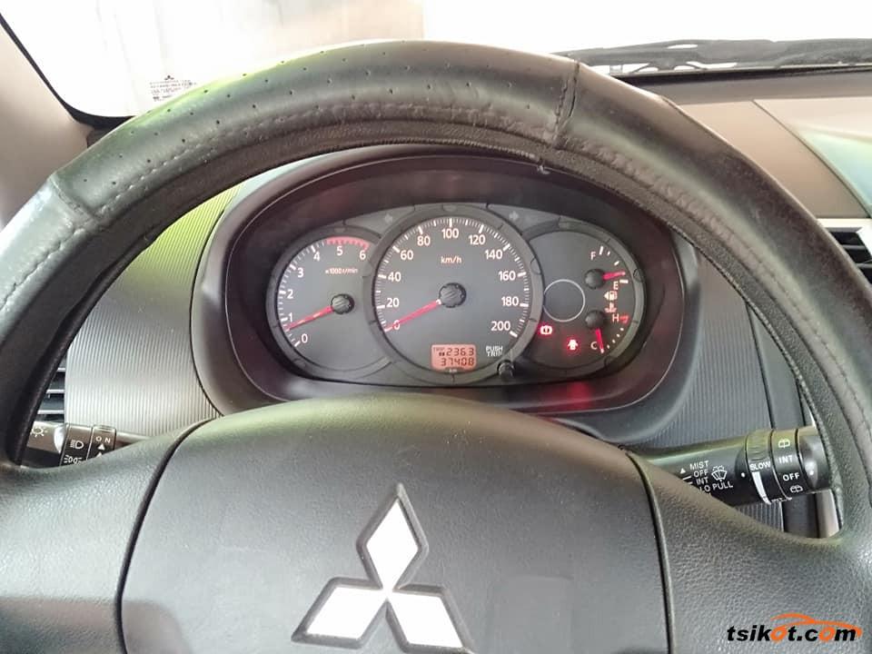 Mitsubishi Montero 2014 - 8