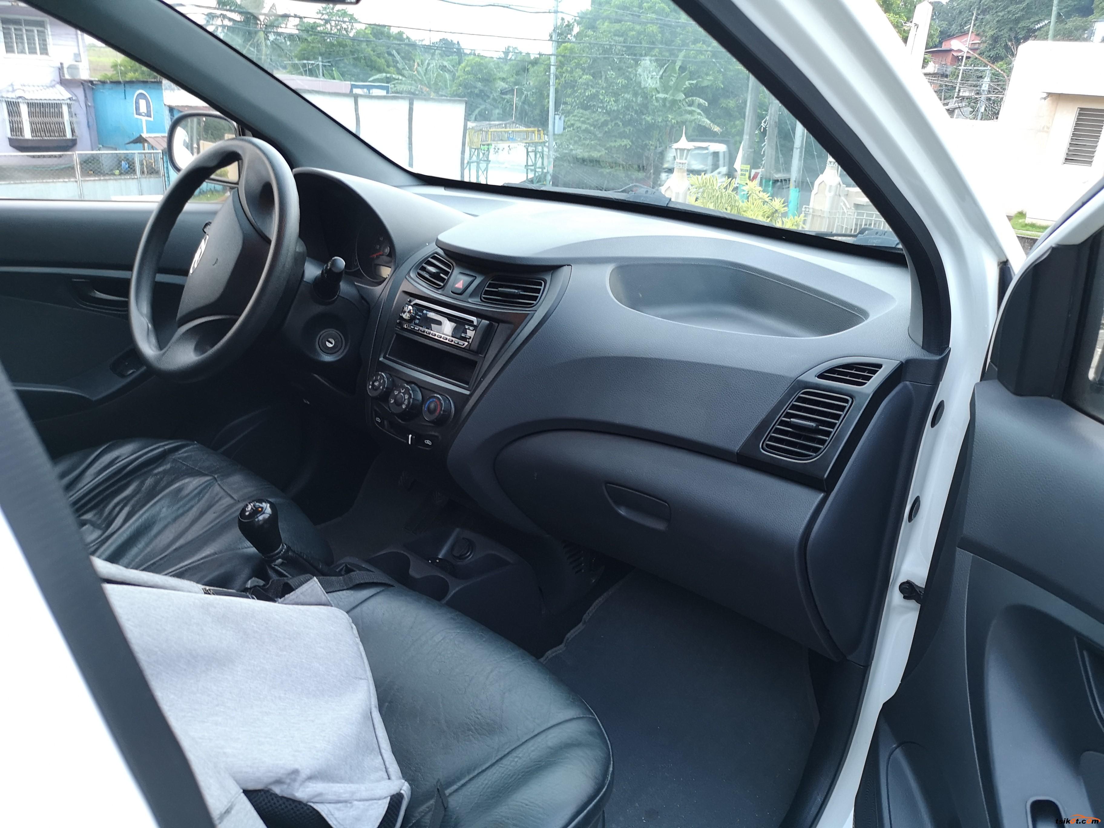 Hyundai Eon 2012 - 1