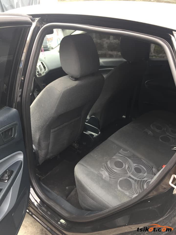 Ford Fiesta 2012 - 6