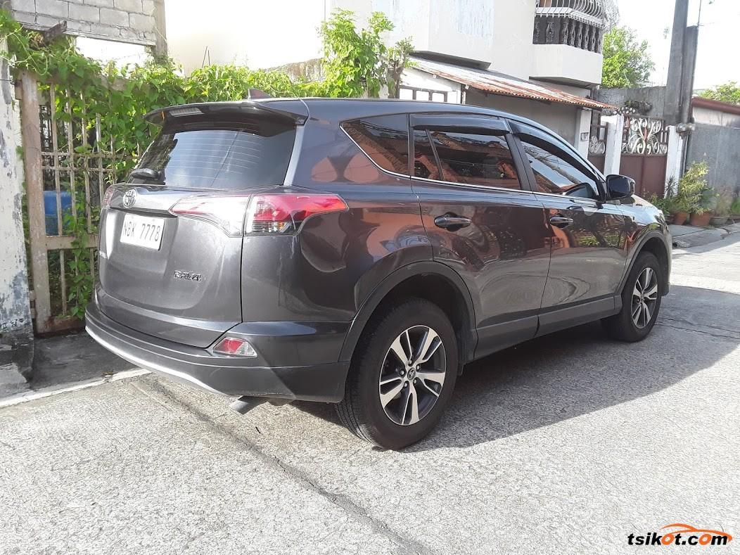 Toyota Rav4 2018 - 3