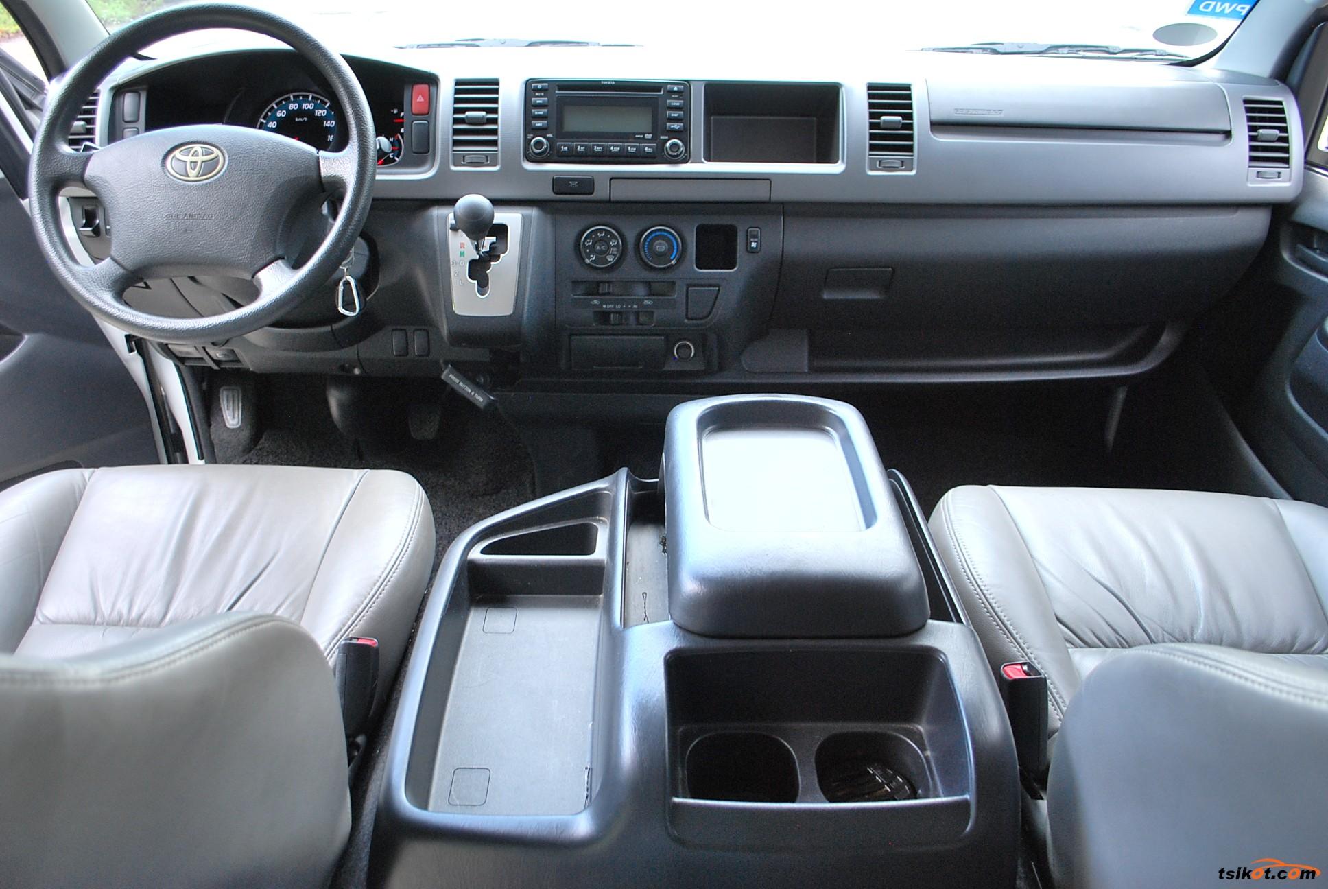 Toyota Hiace 2016 - 5