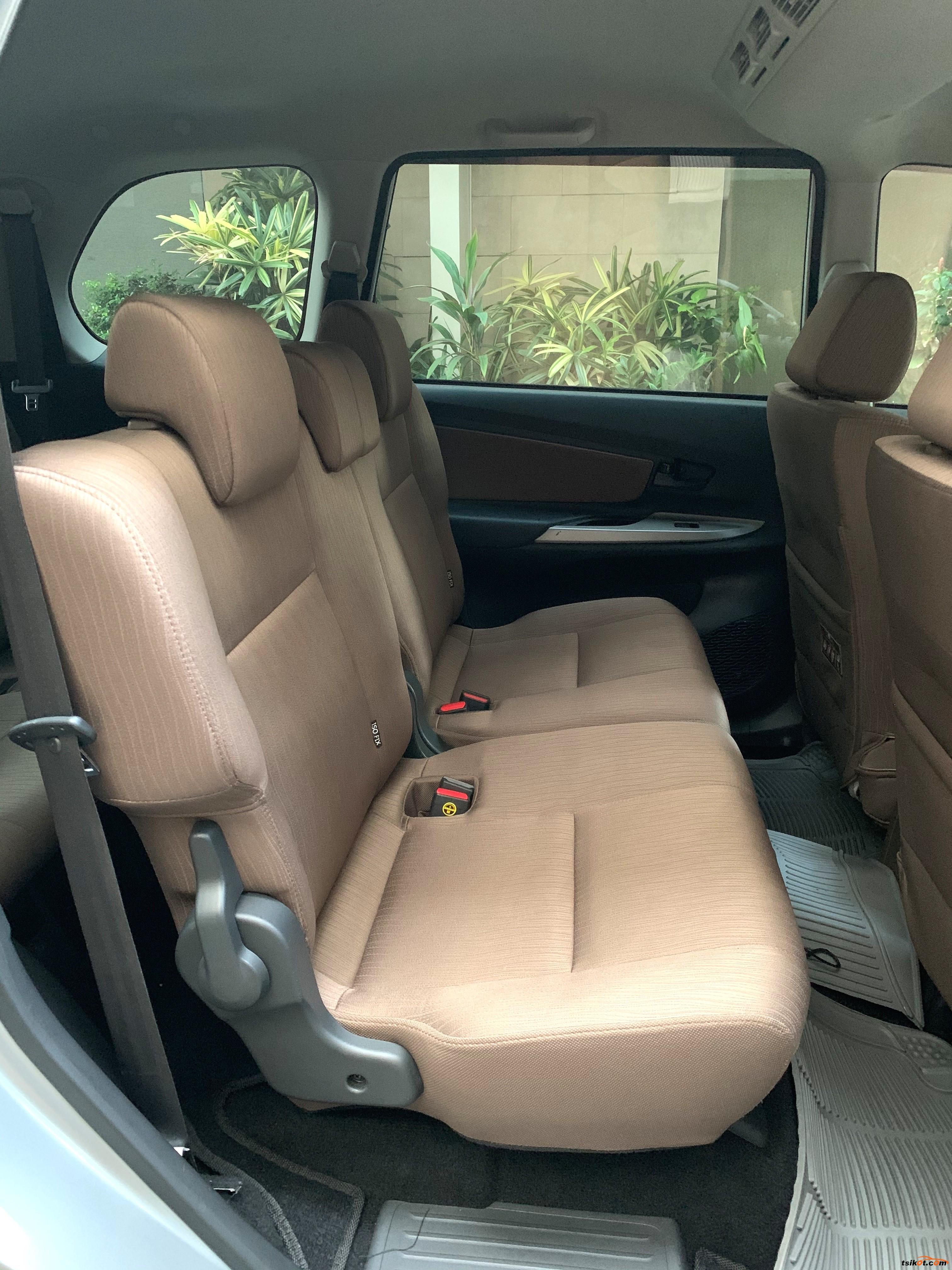 Toyota Avanza 2012 - 9