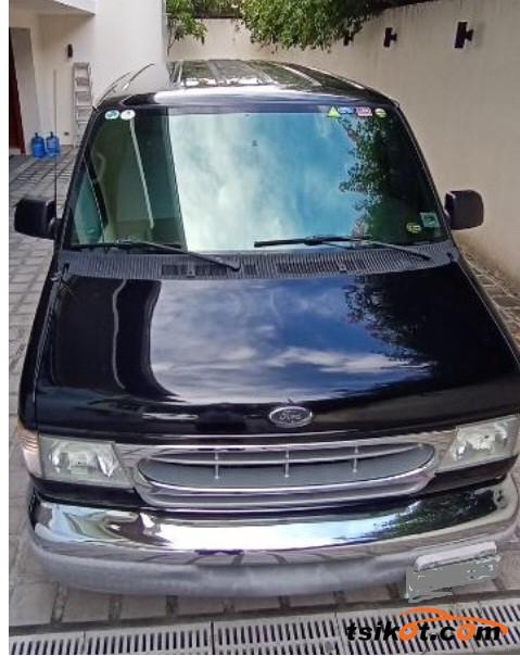 Ford E-150 2002 - 3