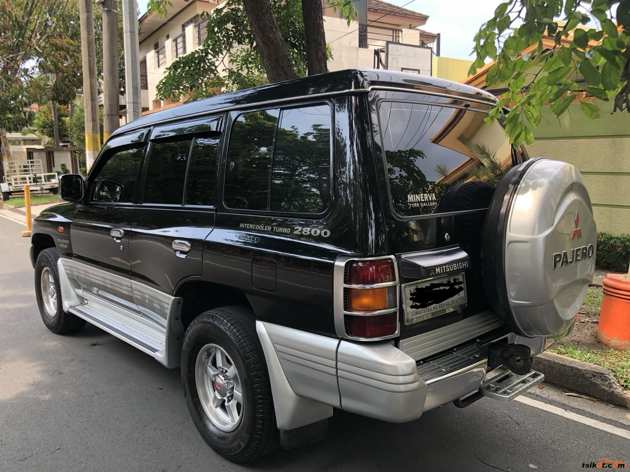 Mitsubishi Pajero 2003 - 6