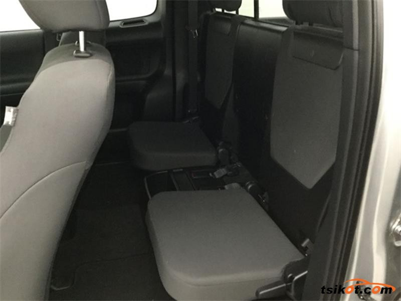 Toyota Tacoma 2015 - 6