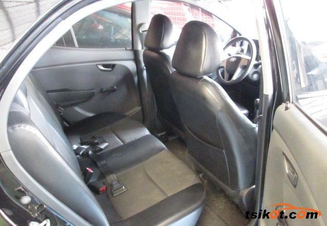 Hyundai Eon 2013 - 4