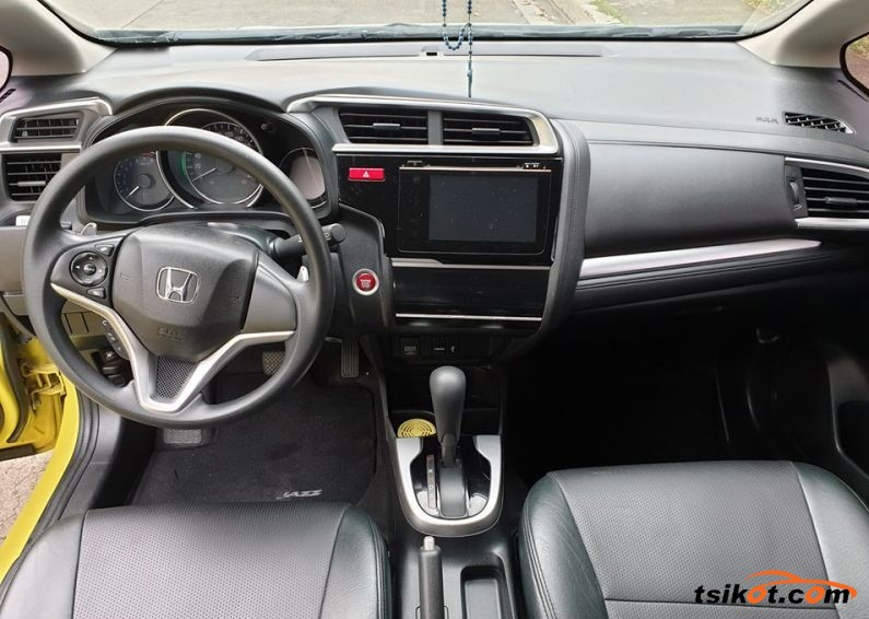 Honda Jazz 2015 - 4