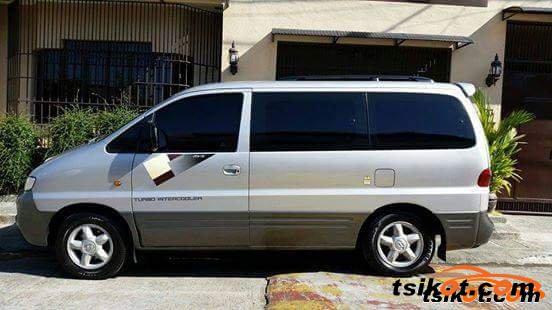 Hyundai Starex 2004 - 2