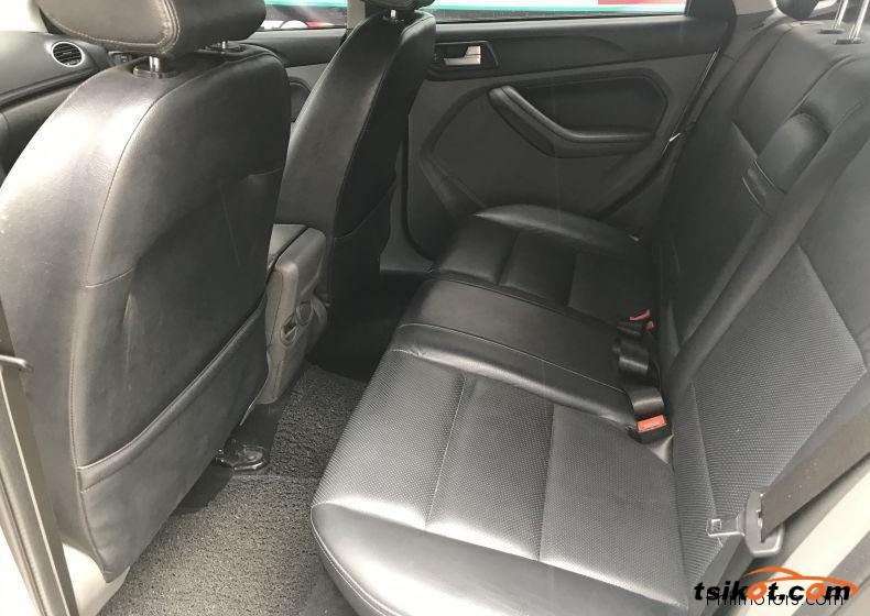 Ford Focus 2012 - 2