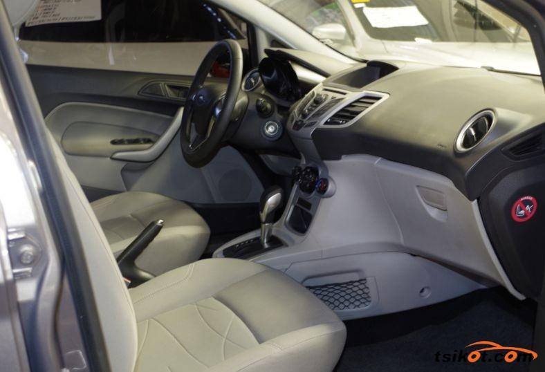 Ford Fiesta 2015 - 4