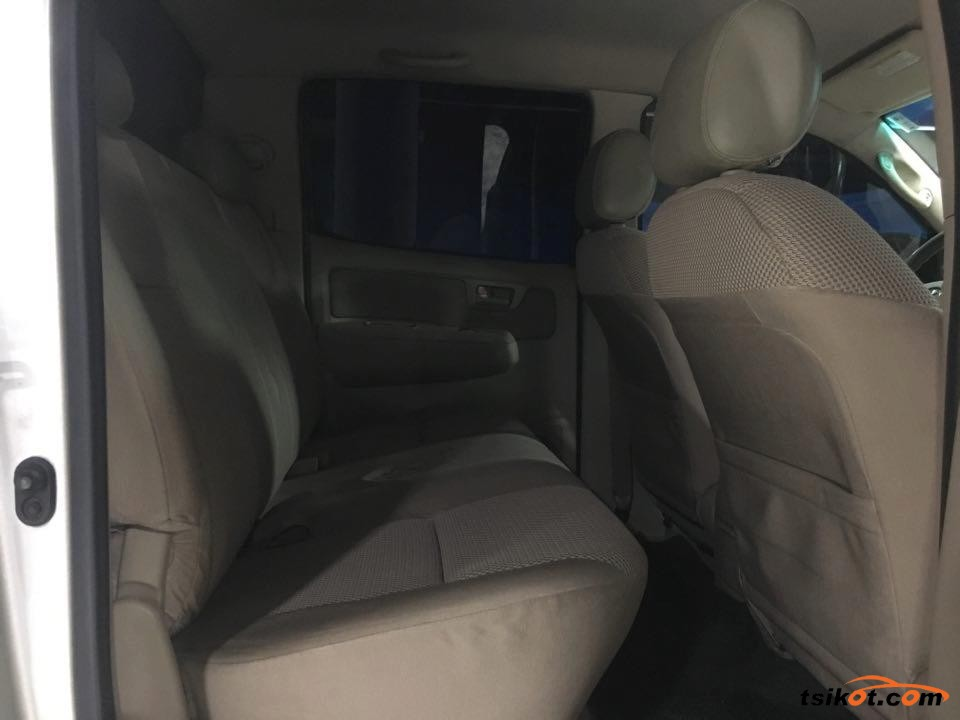 Toyota Hilux 2007 - 8