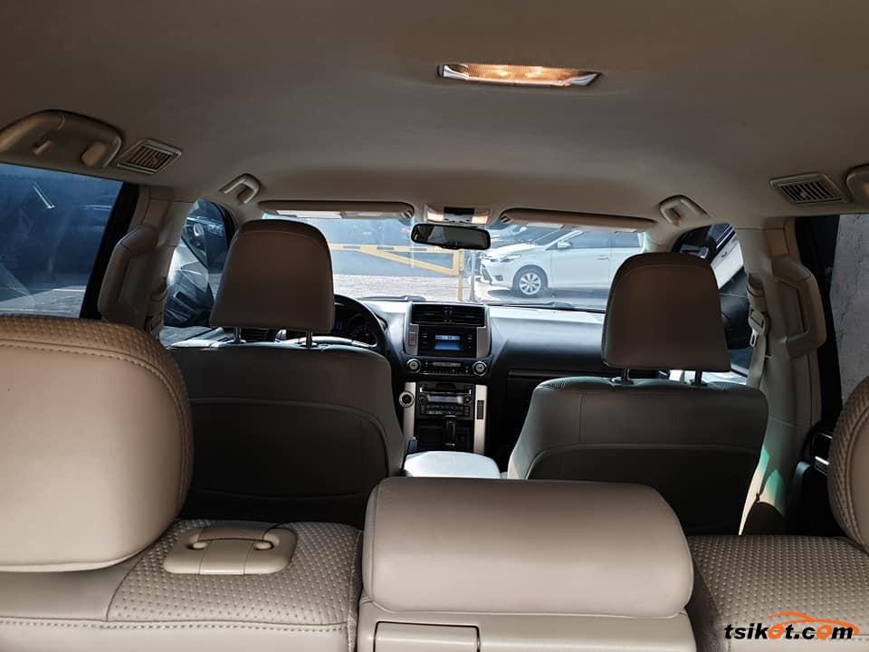 Toyota Land Cruiser Prado 2015 - 7
