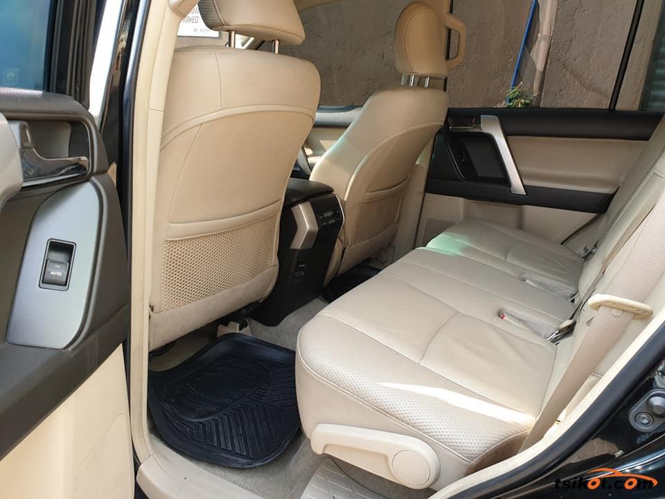 Toyota Land Cruiser Prado 2015 - 8