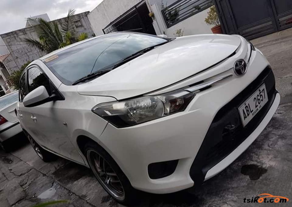Toyota Vios 2015 - 4