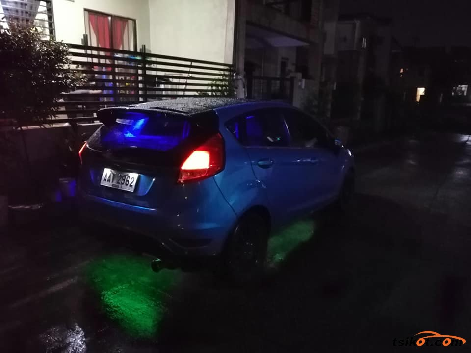 Ford Fiesta 2014 - 7