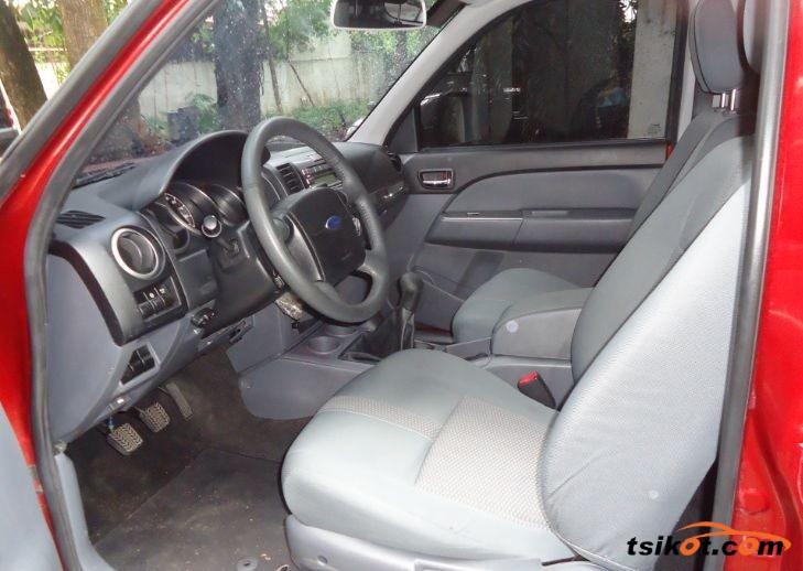 Ford Everest 2014 - 3