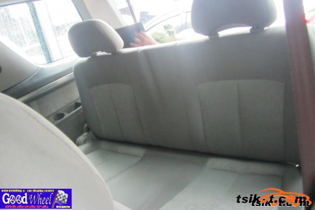 Nissan Serena 2003 - 5