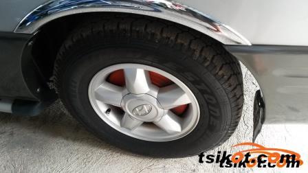 Hyundai Starex 2003 - 6