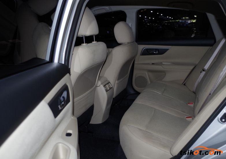Nissan Altima 2015 - 4