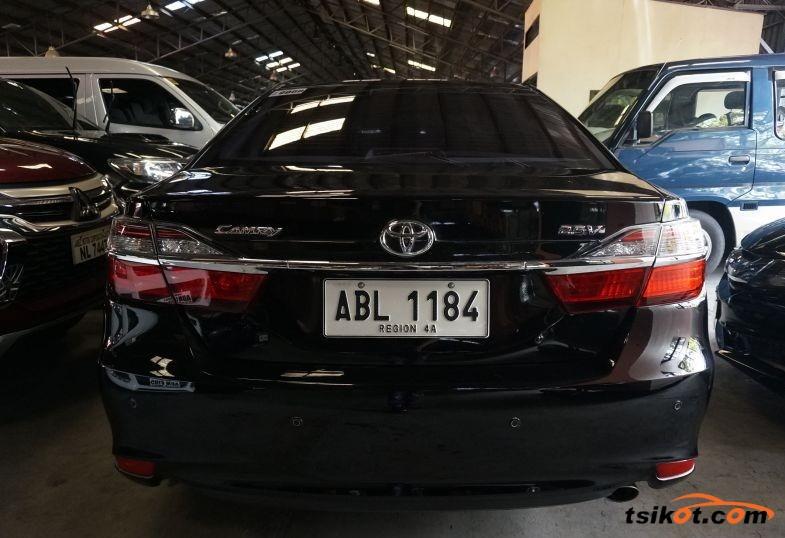 Toyota Camry 2015 - 2