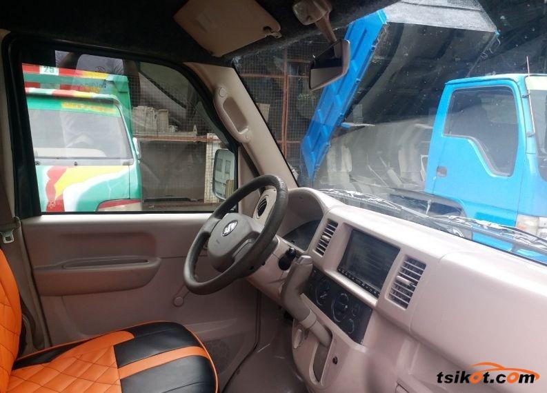 Suzuki Multi-Cab 2002 - 3