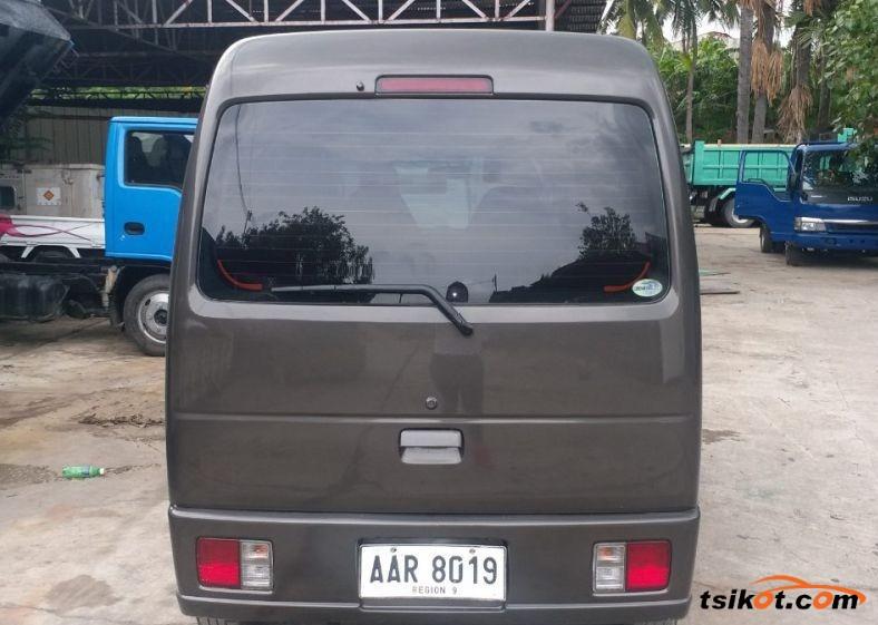 Suzuki Multi-Cab 2002 - 4
