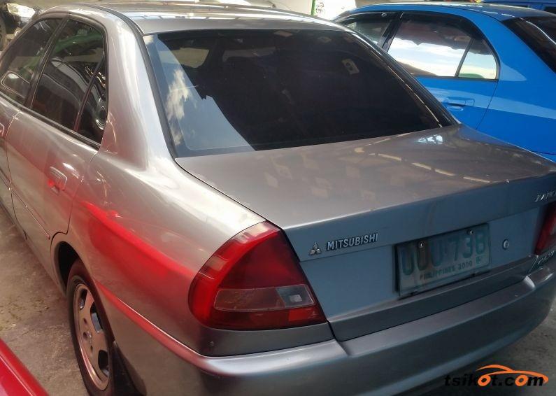 Mitsubishi Lancer 1998 - 2