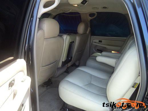 Chevrolet Tahoe 2002 - 4