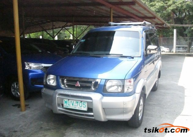 Mitsubishi Adventure 2000 - 1