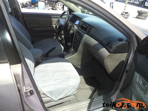 Toyota Corolla 2001 - 4