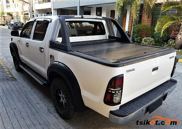 Toyota Hilux 2011 - 2