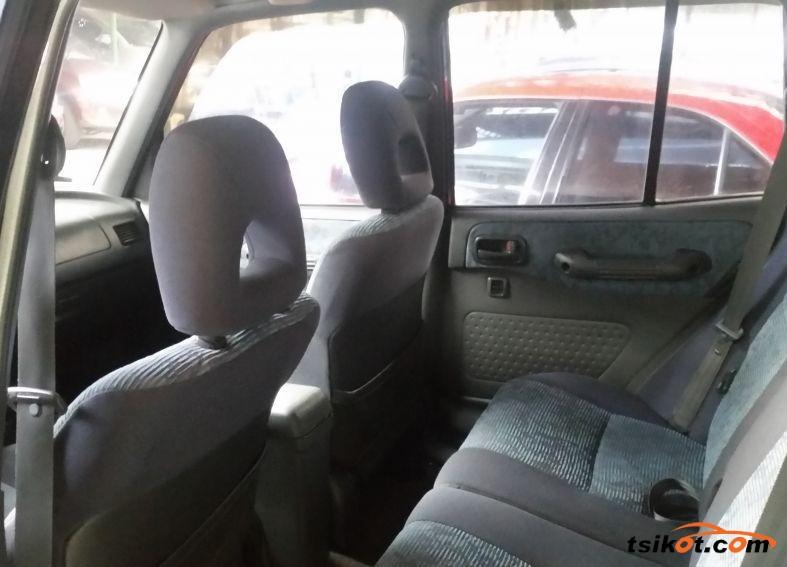 Toyota Rav4 1997 - 4