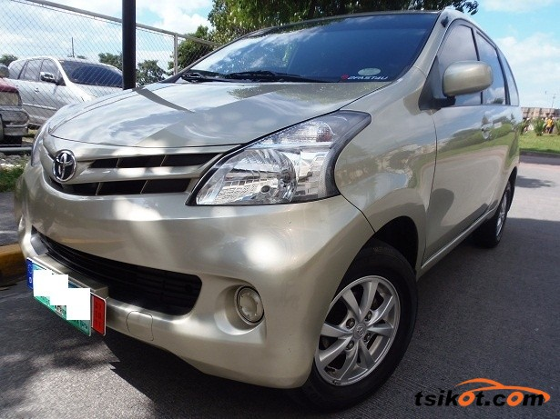 Toyota Avanza 2012 - 1