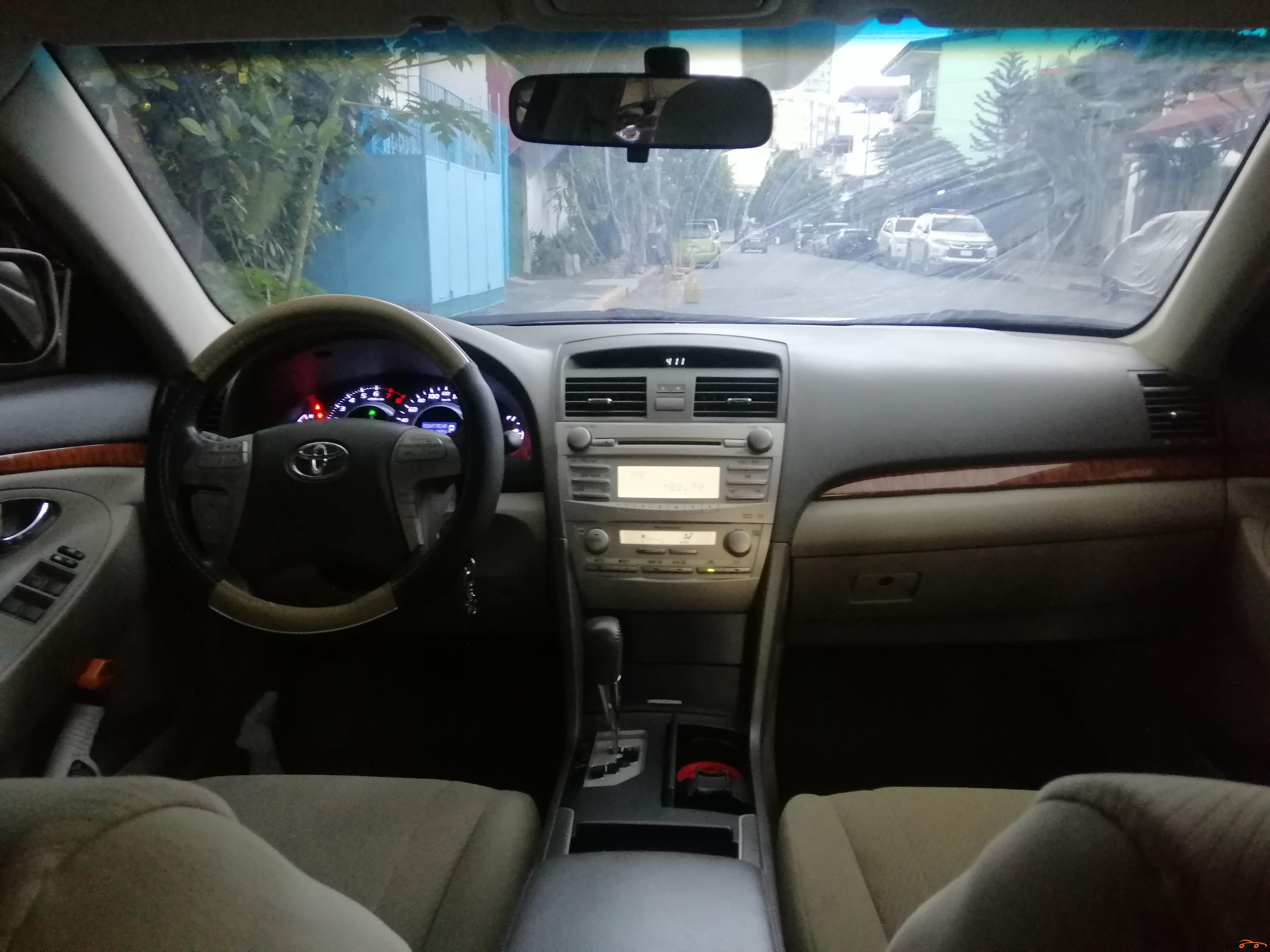 Toyota Camry 2010 - 7